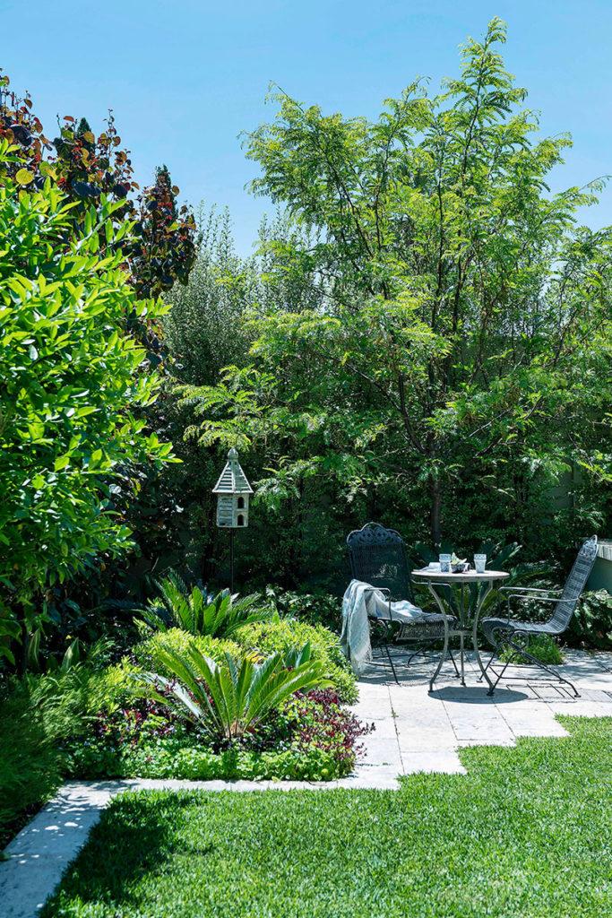 Hamptons in floreat cultivart landscape design for Hamptons home and garden design penarth