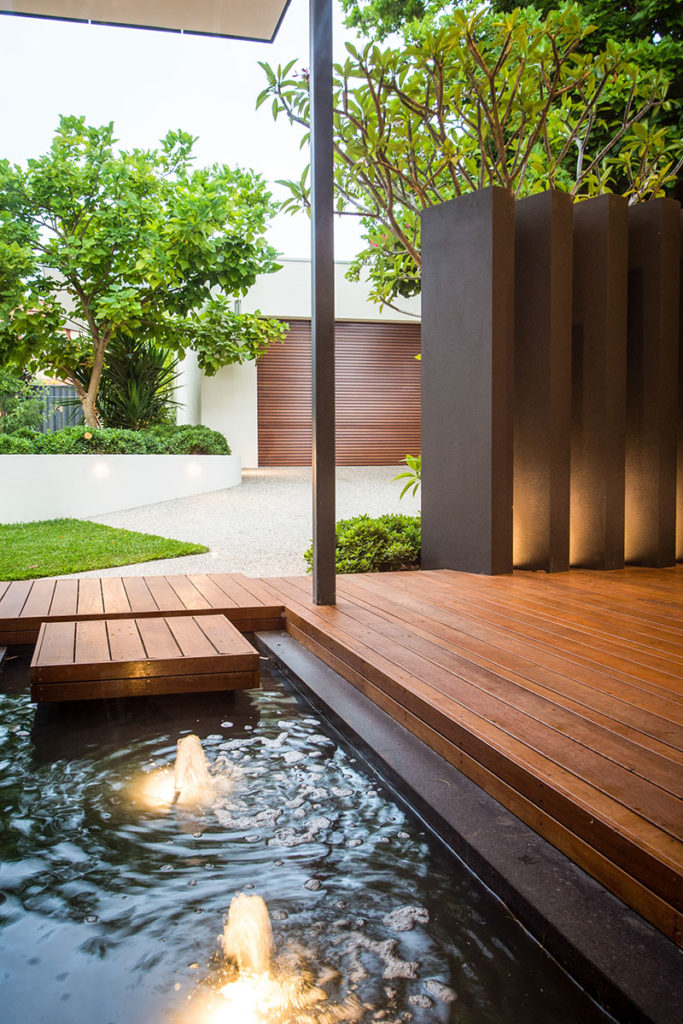 Luxury water feature design in Fremantle with light feature
