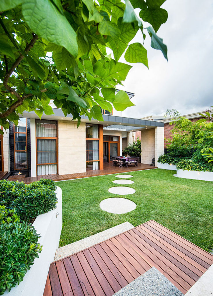 garden inspiration in fremantle with modern house